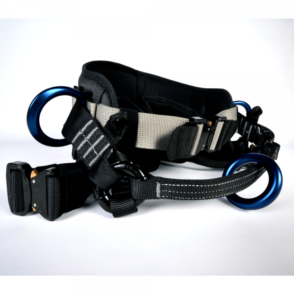 black strap bag